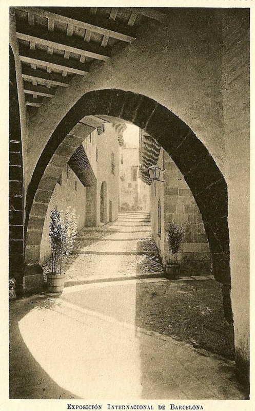 Expo Barcelona 1929 - El Pueblo Espanol - Calle de Cervantes