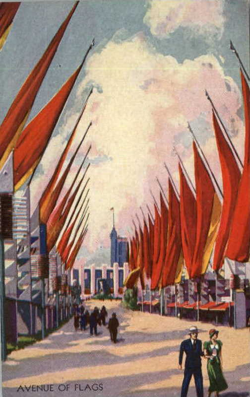 Expo Chicago 1933 - Postcard - Avenue of Flags