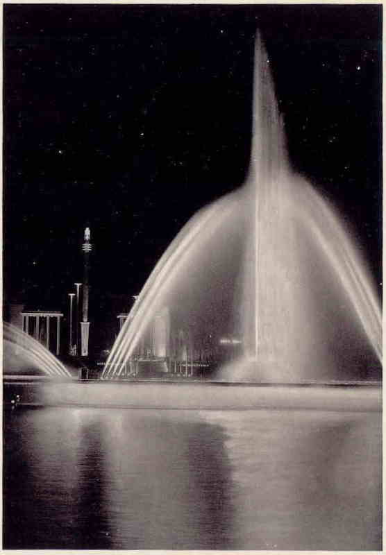 Expo Liège 1939 - Carte postale - Fontaines et Lumières