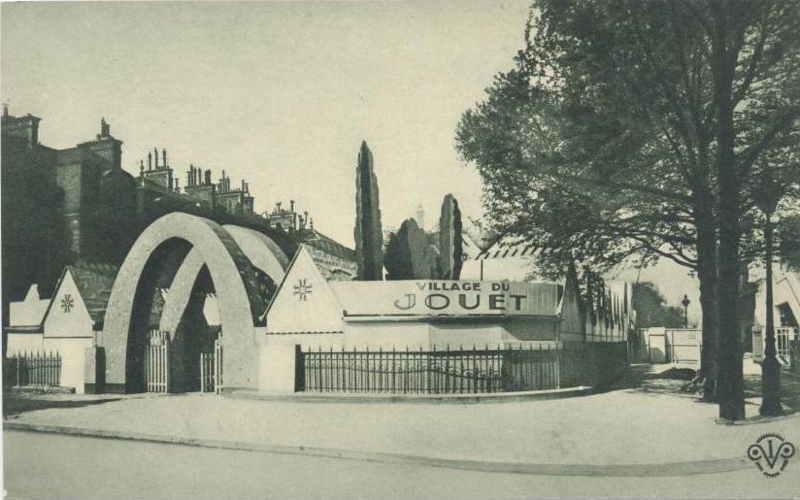 Expo Paris 1925 - Carte postale - Village du jouet