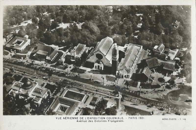 Vue aérienne - Avenue des Colonies Française - Carte postale - Expo Paris 1931