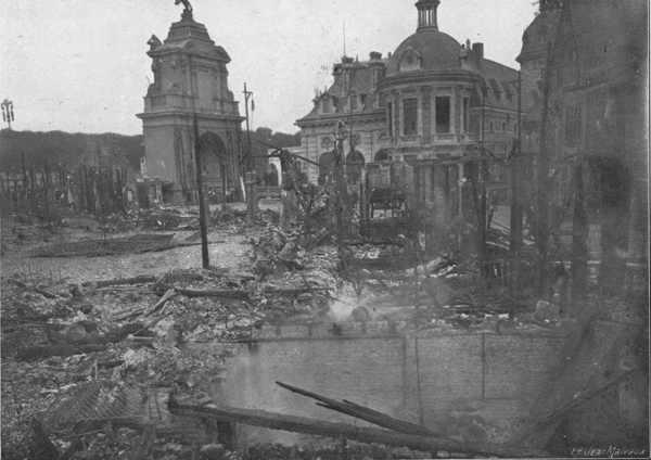Bruxelles Kermesse après l incendie