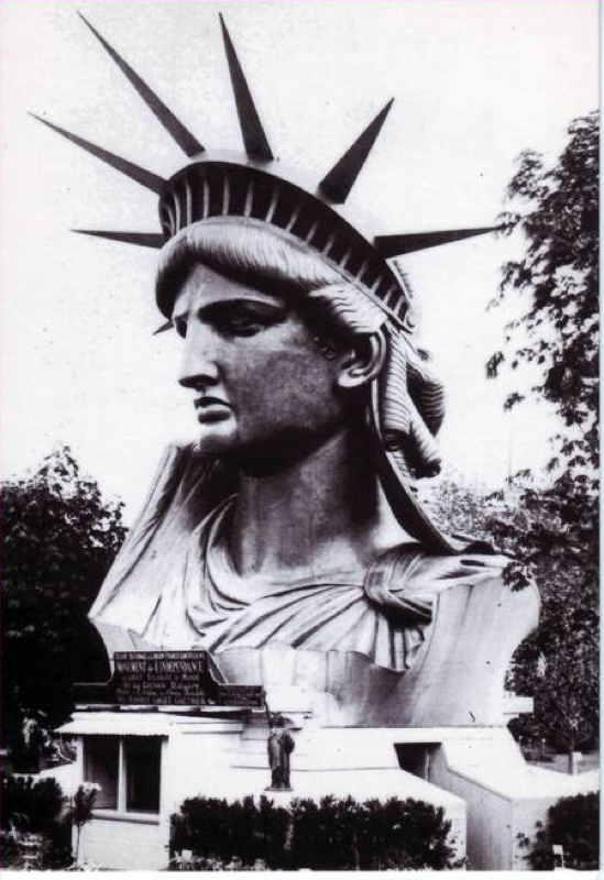 Exposition Universelle de Paris 1878 Tête de la Statue de la Liberté