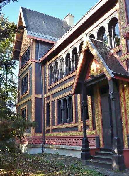 Vestiges de l Exposition de Paris 1878 - Pavillon de la Suède Norvège à Courbevoie