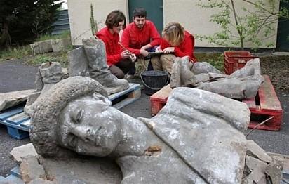 Les statues sont remontées à la surface